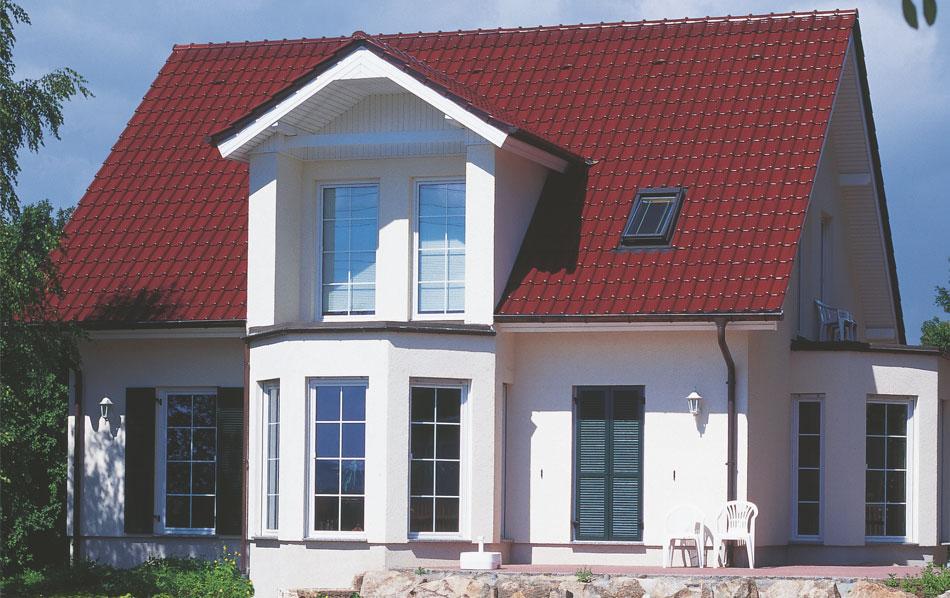 Dachziegel dunkelbraun  Dachziegel RUBIN 13V, ein Dachziegel aus dem Hause BRAAS ...