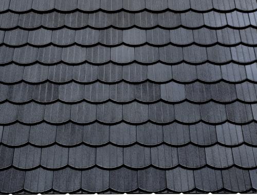 Dachziegel schwarz  Dachziegel Serie OPAL, BERLINER BIBER von BRAAS - günstige Baustoffe ...